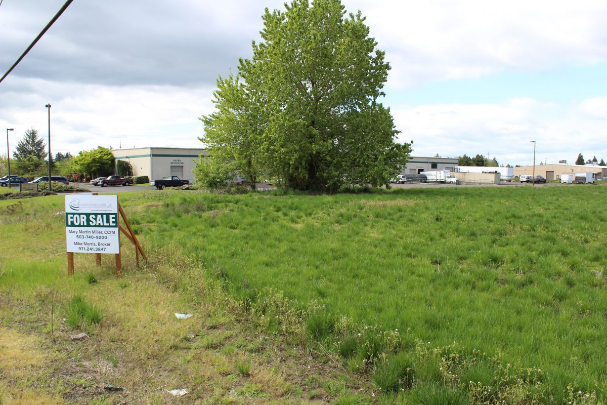 3 acres of industrial property for sale in mcminnville oregon for 10000 square feet to acres