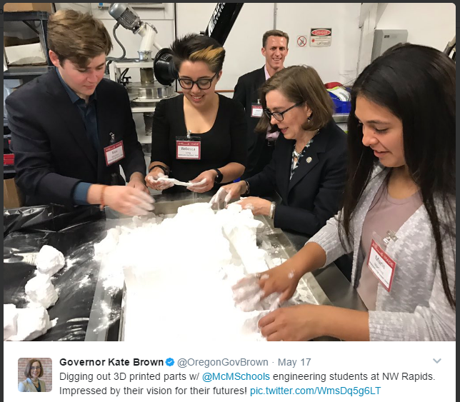 Photo from Governor Kate Brown's Twitter